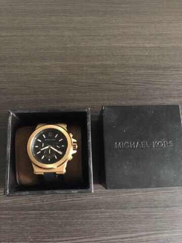 Relógio Michael Kors Mk8295 Original - R  400,00 em Mercado Livre 0474e9352d