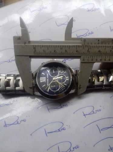 relógio michael kors - quartz - seminovo - r393