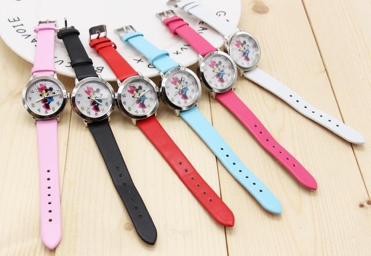 2789f157563 Relógio Mickey   Minnie Infantil - Lindo Desenho Animado - R  29