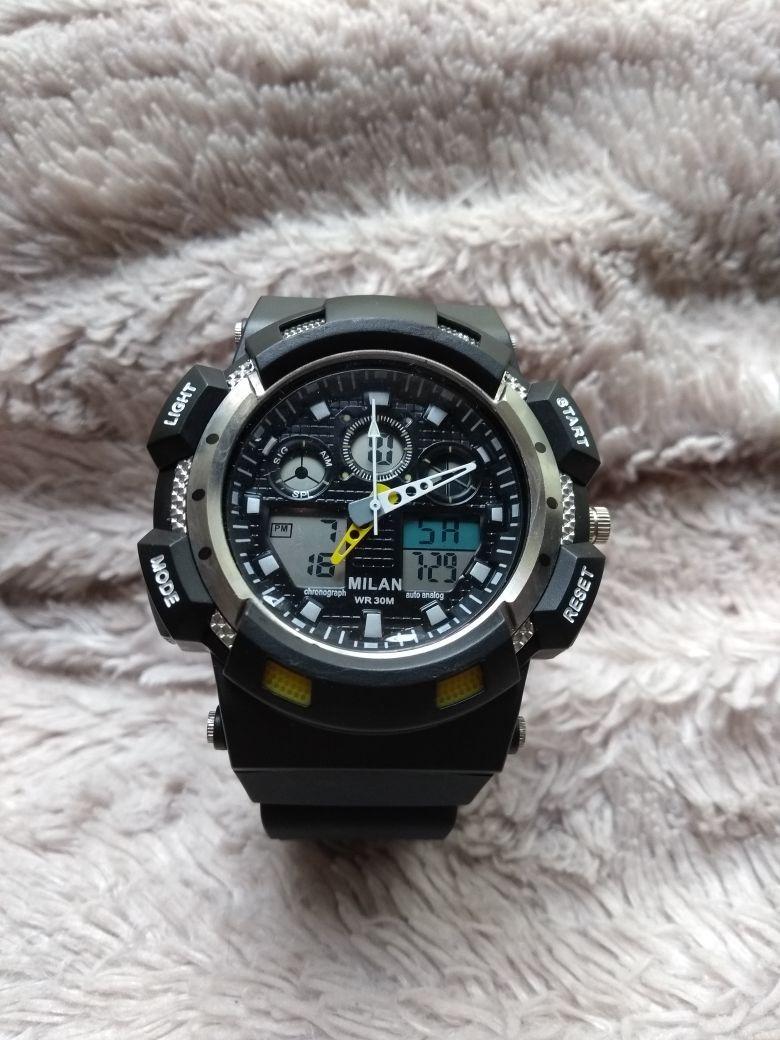 60a2935d51c relógio milan esportivo digital e analógico com cronometro. Carregando zoom.