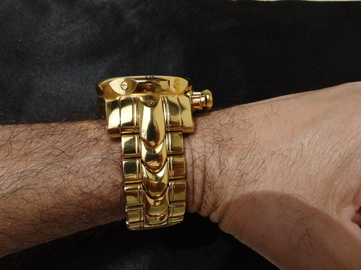 5c5d101f94299 relógio modelo invicta original banhado a ouro 18k. Carregando zoom.