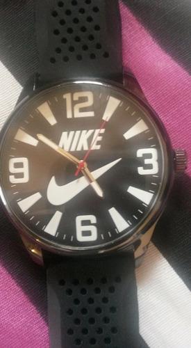 relógio nike em otimo estado
