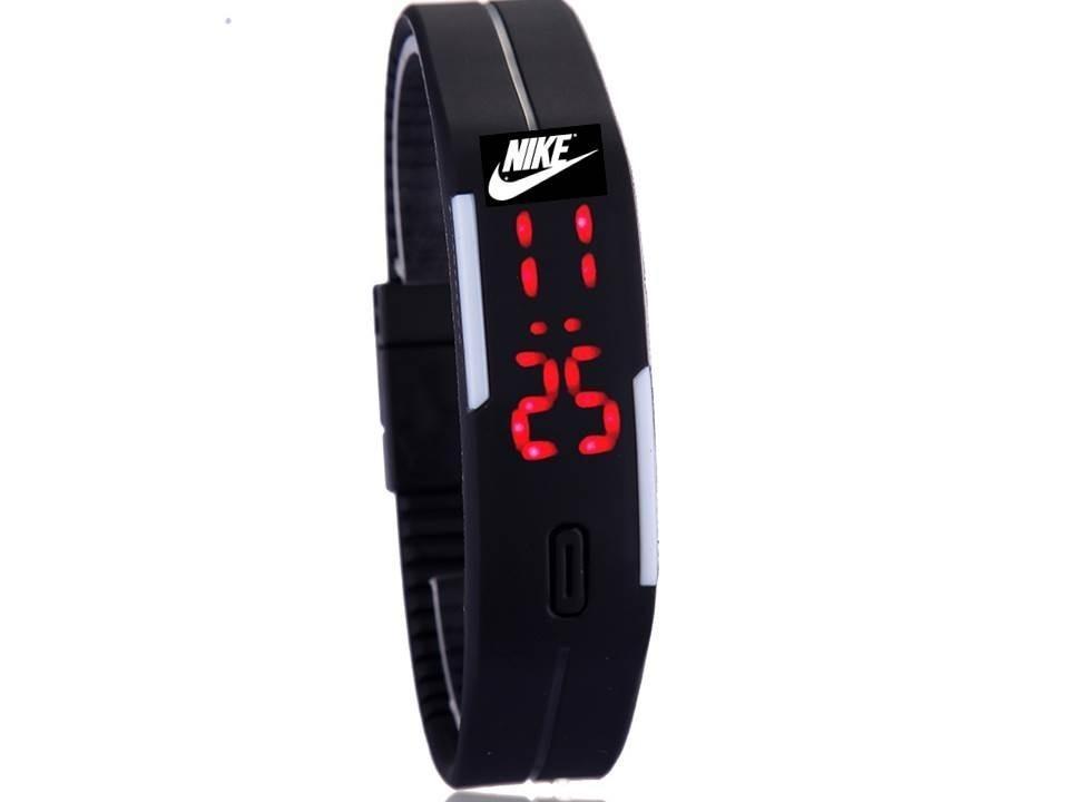 0b509d7940d relógio nike led digital sport pulseira silicone 2 baterias. Carregando  zoom.