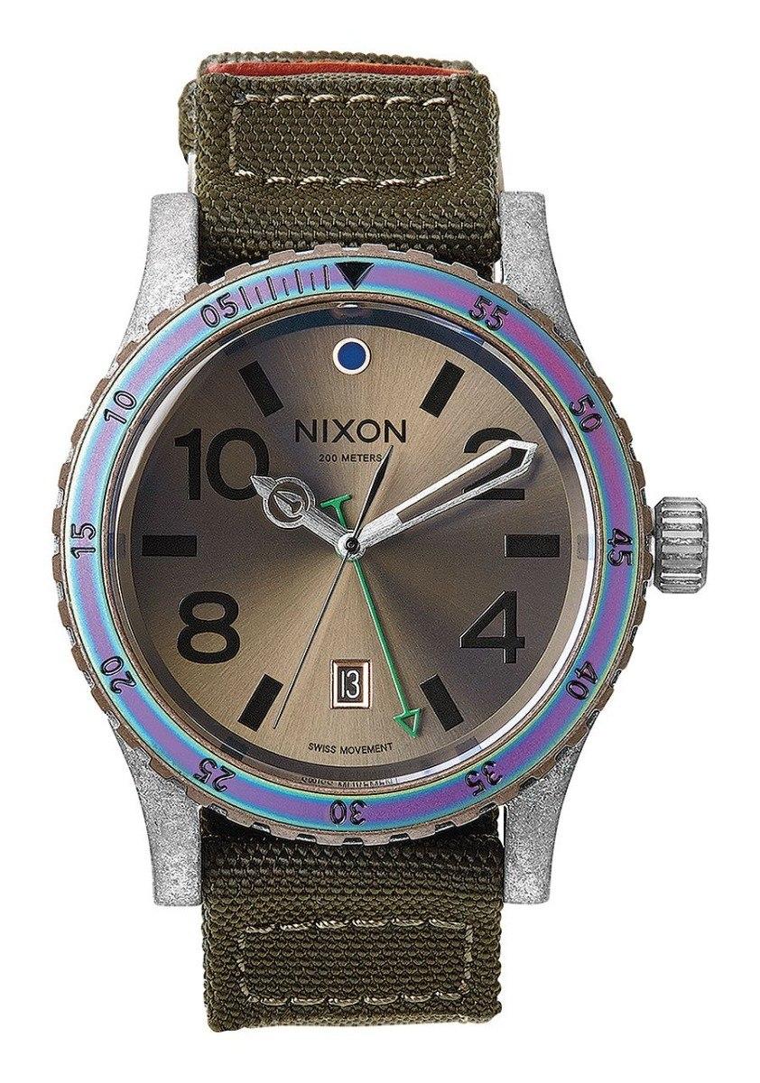 6601d9972a3 Relógio Nixon Diplomat - R  699