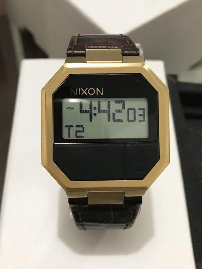 7115ea08d15 relógio nixon re-run leather. Carregando zoom.