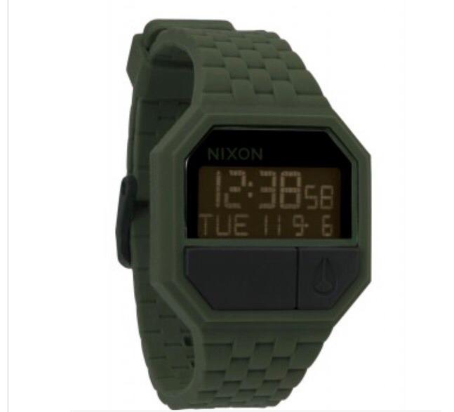 969128a8a8d Relogio Nixon Re Run Verde Musgo - R  300