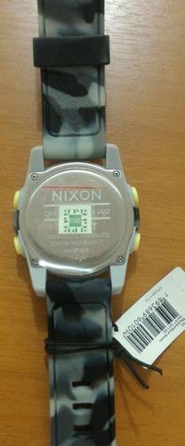 relógio nixon unit marbled black smoke novo