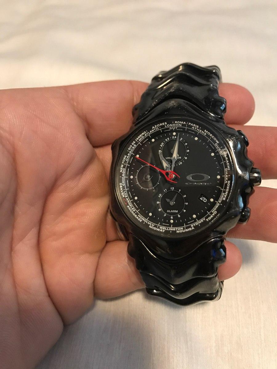 5937f45a0f7 Relógio Oakley Gmt Original Preto Pulseira Aço Inox Preta - R  1.799 ...