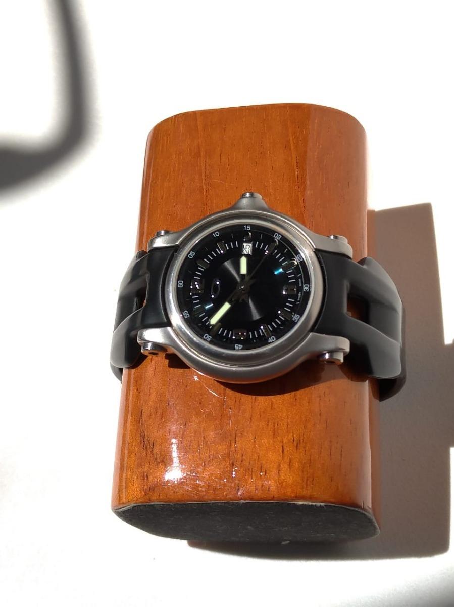 d4ee5a762fe relógio oakley holeshot safira original surf. Carregando zoom.