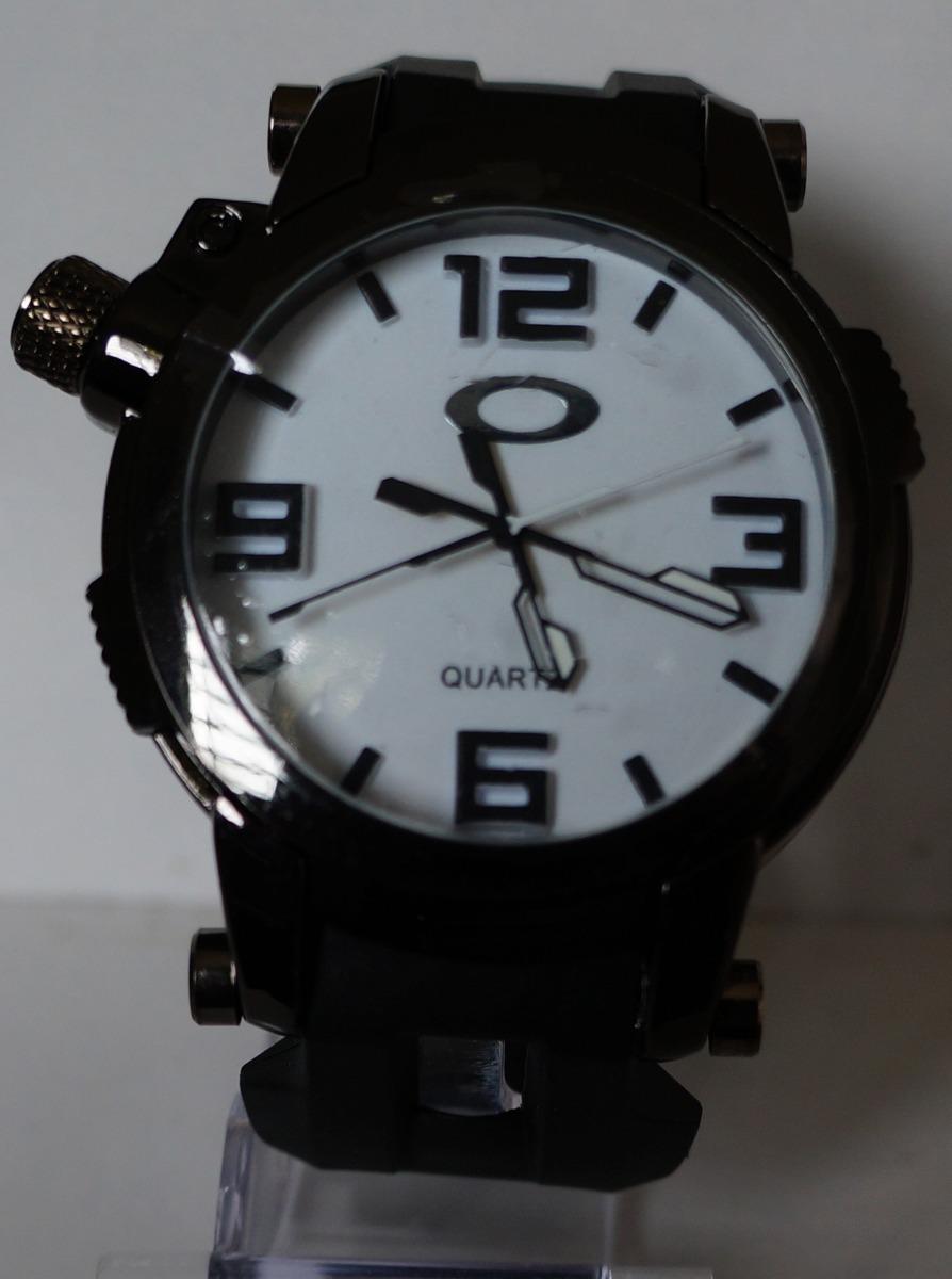 b0ce938fe13 Relógio Oakley Titanium Azul Masculino + Caixa - R  80
