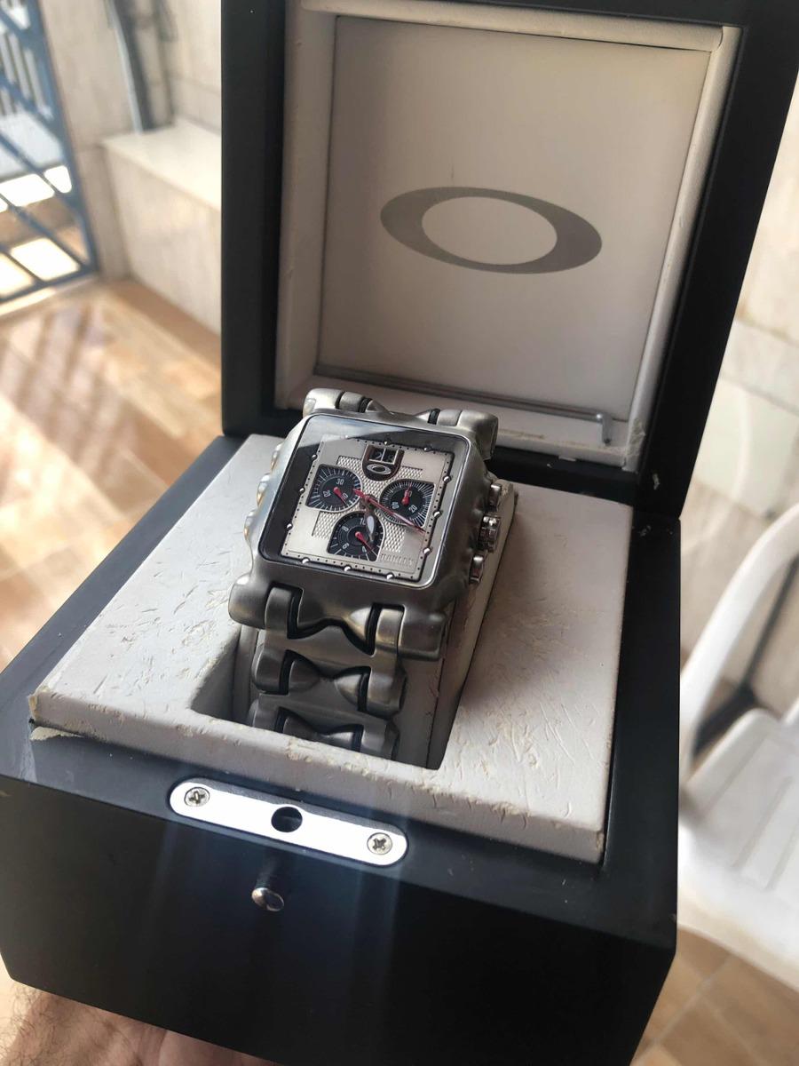relógio oakley minute machine time tank bracelete silve raro. Carregando  zoom. 2d10068a5d8