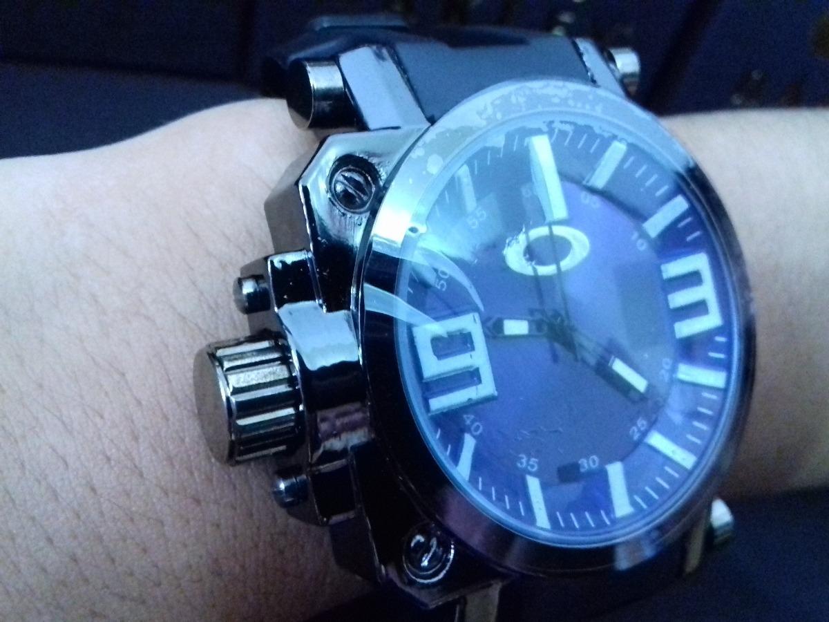 9ffd62a1d23 Relógio Oakley Preto - Resistente A Água + Caixinha - R  56