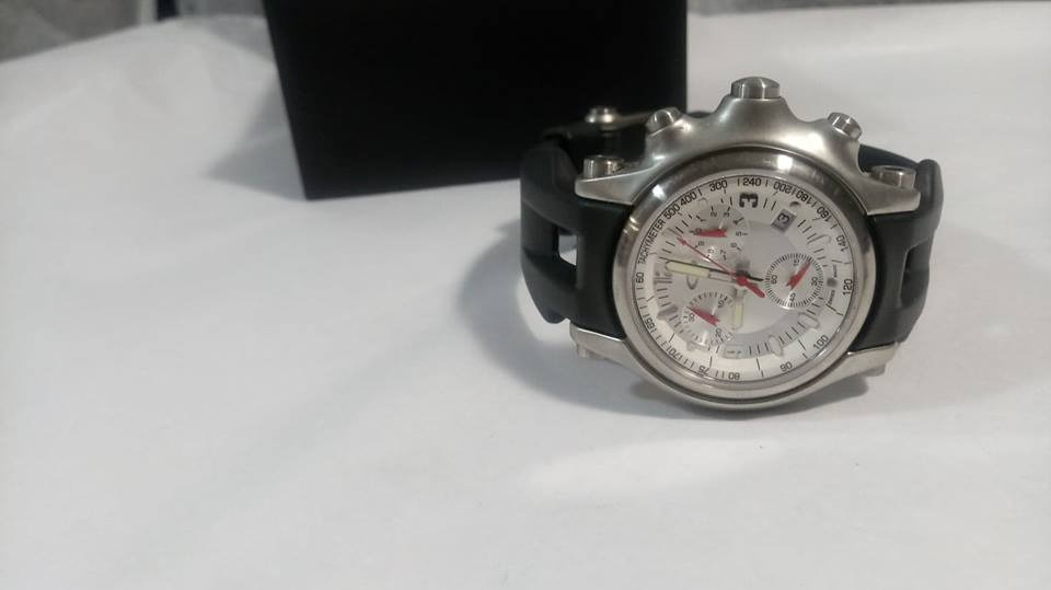 b015a9b009f relógio oakley stainless steel prata pulseira borracha. Carregando zoom.