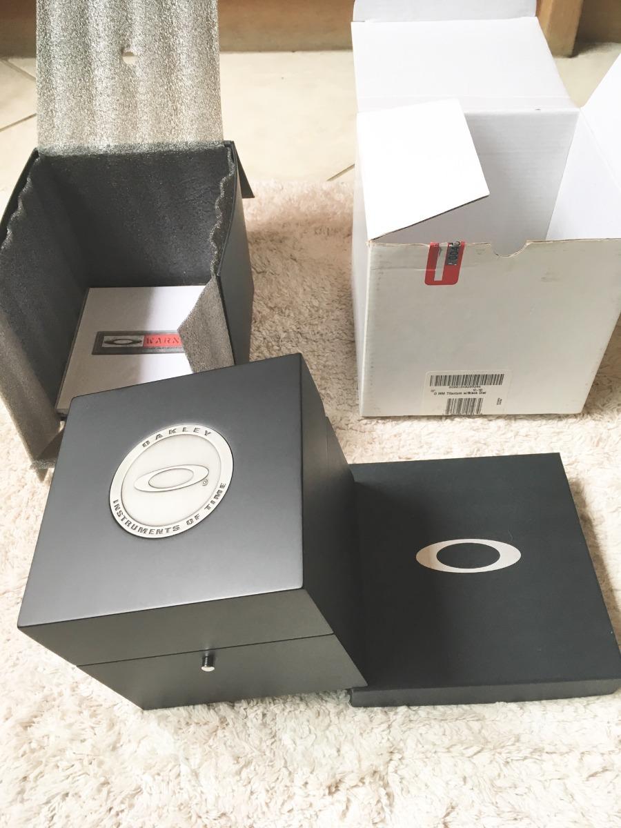 096e1f5a2f1de Relógio Oakley Tank Minute Machine Original - R  6.000,00 em Mercado ...