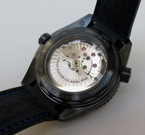 relógio omega planet ocean gmt ceramic deep black&blue 600mm