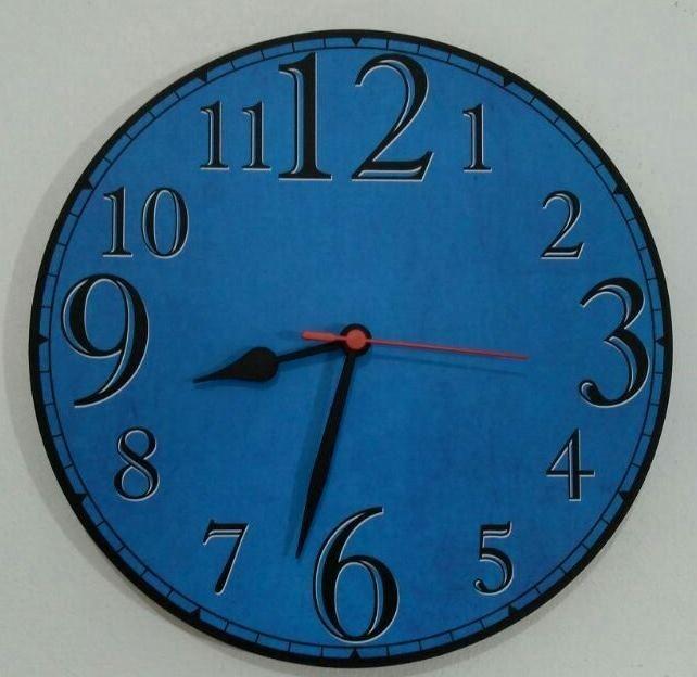 5d37de58cbc Relógio Parede Número Grande Colorido Azul Barato Retrô 30cm - R  45 ...