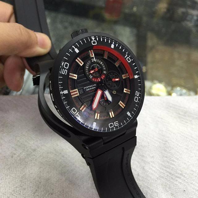 c480921ac90 Relógio Porsche Design Diver Quartz Preto E Vermelho - R  800