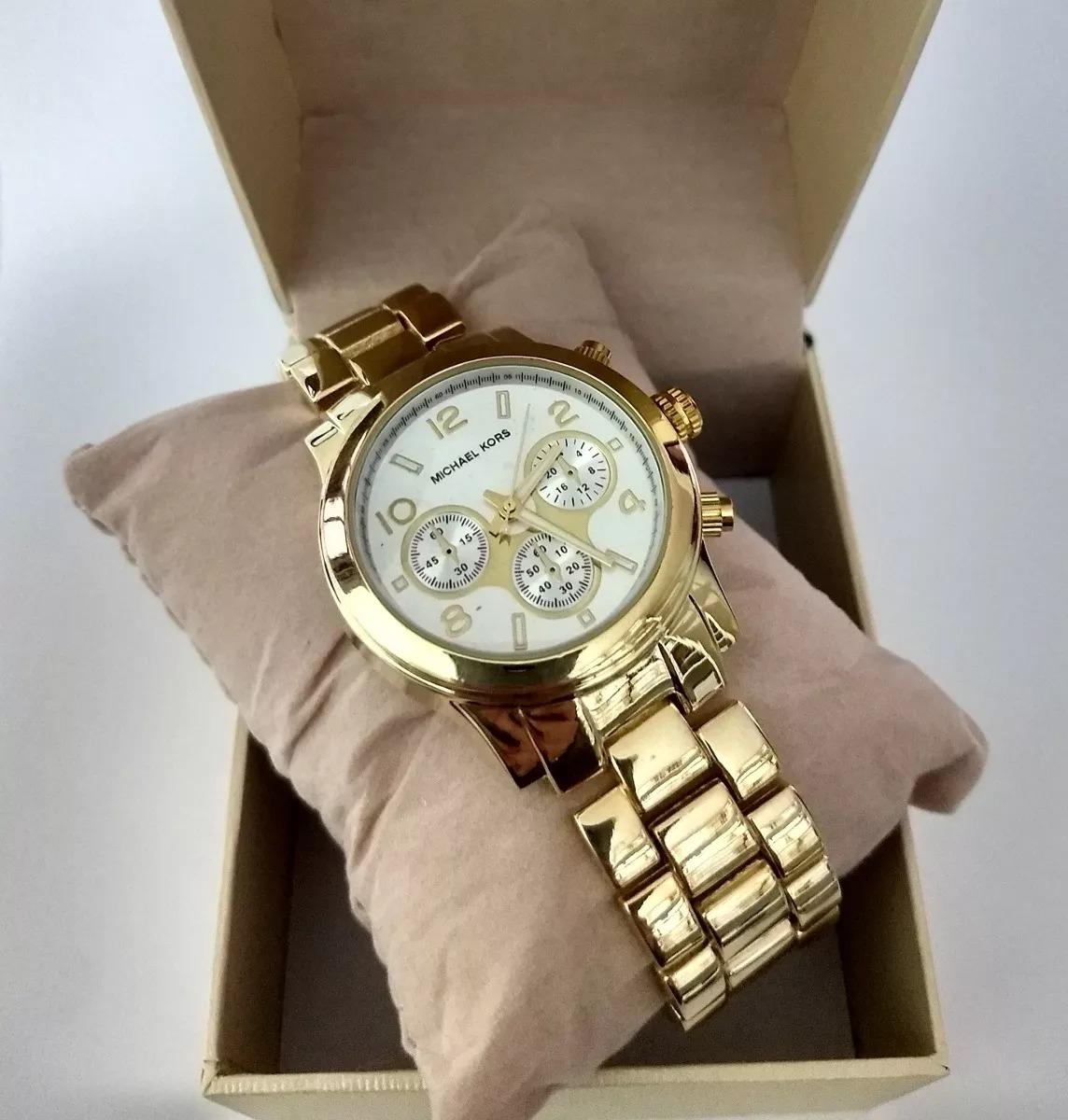 2807bb2ffc3 relógio prata feminino dourado fundo branco + kit semijoias. Carregando  zoom.