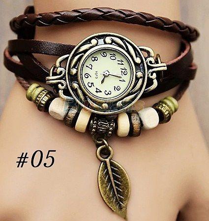 ba04b1f0ef5 Relógio Pulseira De Couro Com Pingente Vintage Feminino - R  59