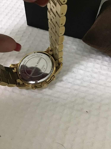 relogio pulseira dourada unisex m kors