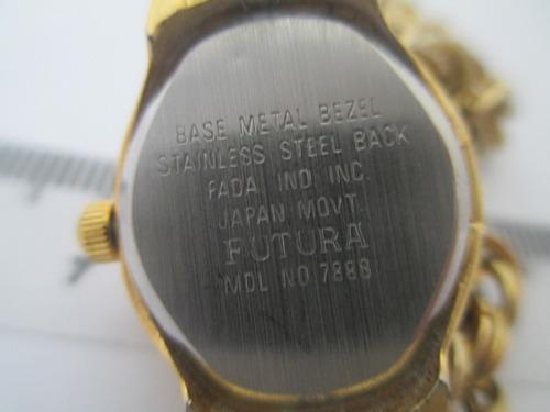 relógio pulseira futura - peça vintage