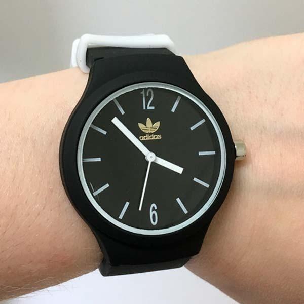 7d9657a481a Relógio De Pulso adidas Emborrachado Unissex Barato Promoção - R  34 ...