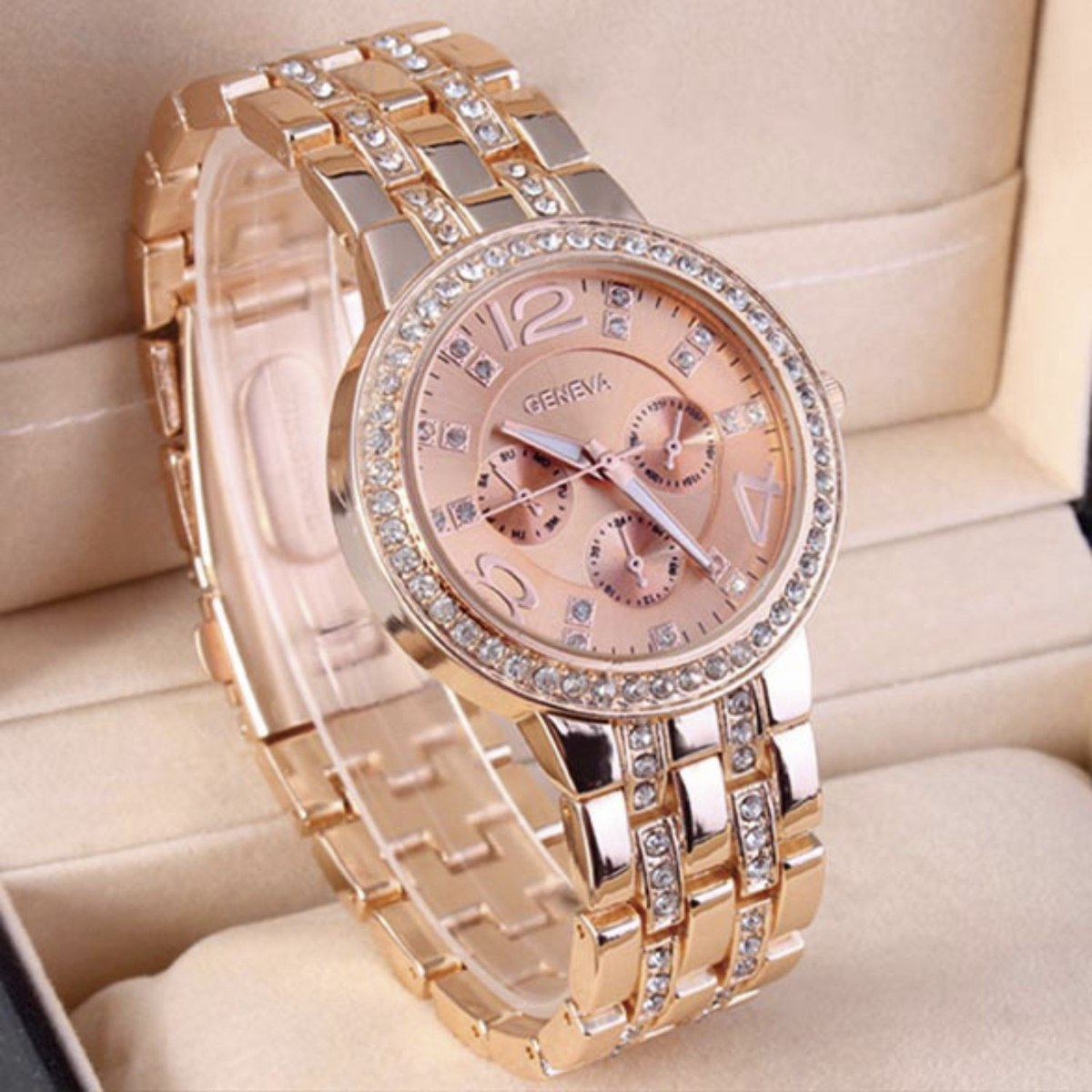 51ad540ed9f Relógio De Pulso Feminino Rose Com Strass Geneva Luxury - R  54
