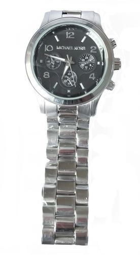 d755005621b relógio analógico de pulso feminino prata fundo preto. Carregando zoom... relógio  pulso feminino