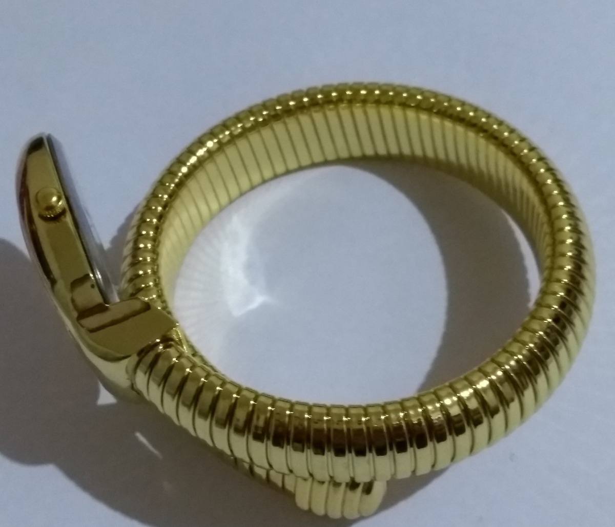 ef7703afd53 relógio pulso feminino serpente cobra branco dourado borstn. Carregando  zoom.