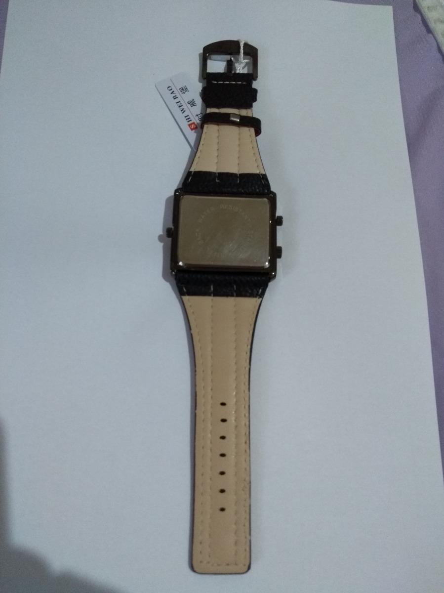 37527bf664a relógio pulso masculino red black shiweibao analógico fuso. Carregando zoom.