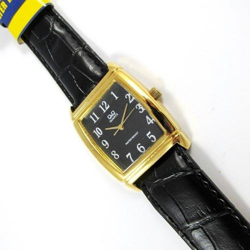 relógio q & q  miyota masculino pulseira de couro q880j105y