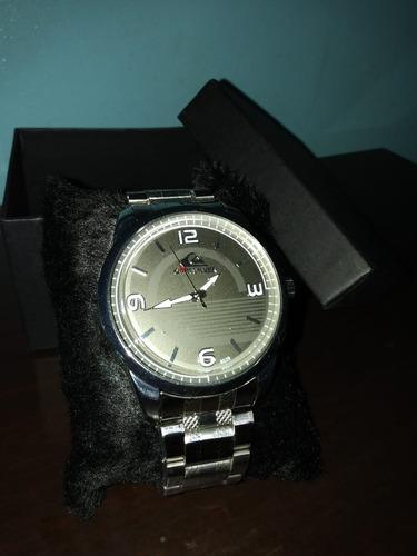 relógio quicksilver prata novo