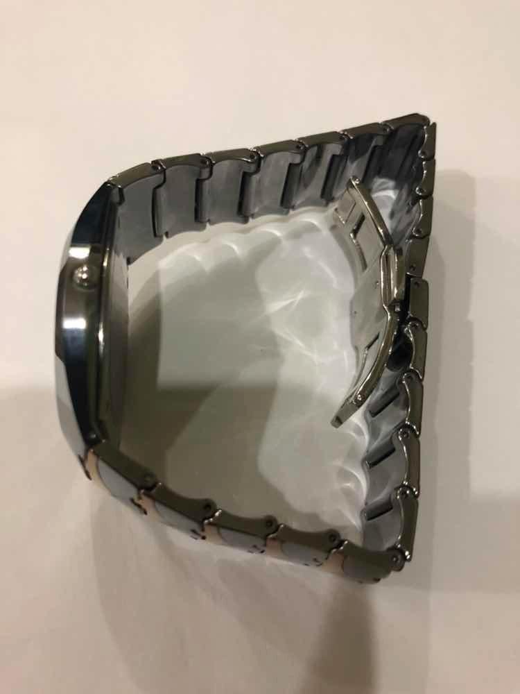 66b40609ebe relógio rado swiss 8028m prata preto marrom original. Carregando zoom.