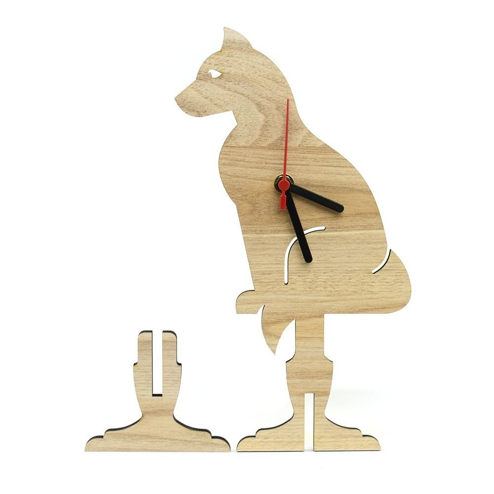 16a55f873aa Relógio Raposa De Mesa Em Madeira - R  44