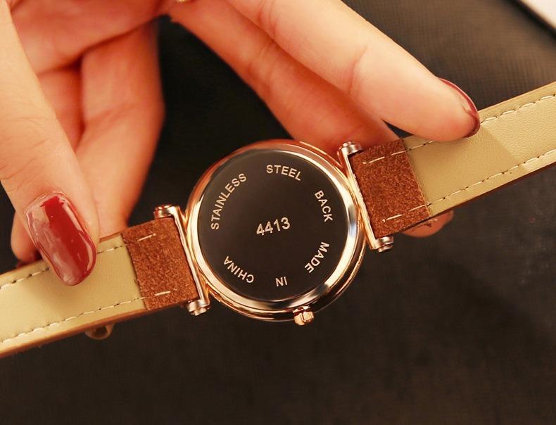 b0887e34615 Relógio Requintado Top Luxo Diamante De Quartzo Das Senhoras - R  85 ...