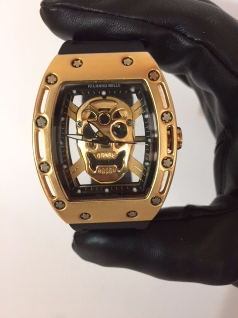 1c2db752ea1 Relógio Richard Mille Caveira Gold Frete Grátis Promoção - R  95