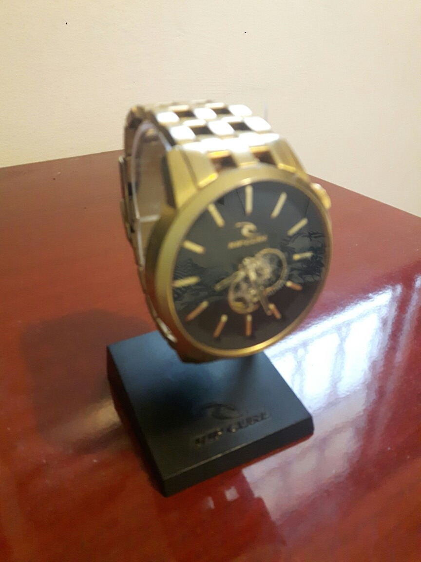 a5e0f40b01d relógio rip curl detroit gold sss automatic. Carregando zoom.