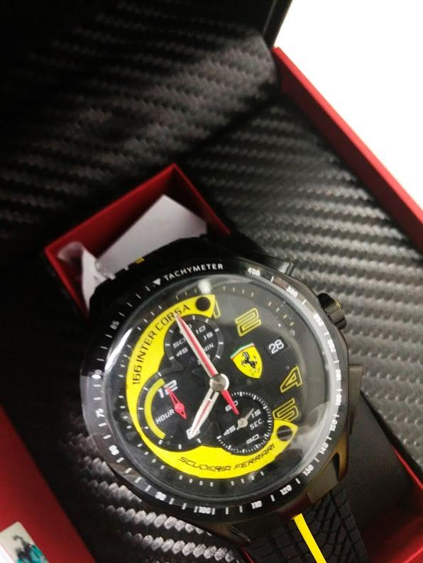 88ad1a8ef2d Relógio Scuderia Ferrari Masculino Borracha Preta E Amarela - R  368 ...
