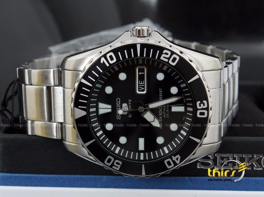 c0f6107d78d relógio seiko 5 sport automatico snzf17 k1 23 jewels orig. Carregando zoom.