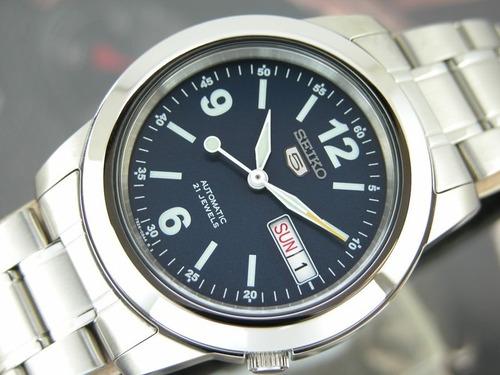 relógio seiko clássico calendário automático snke61k1