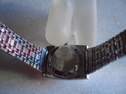 relógio seiko quadrado