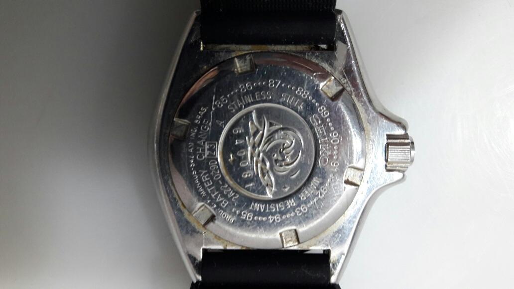 053fcbe3a49 relógio seiko quartz 200 mts anos 80. Carregando zoom.