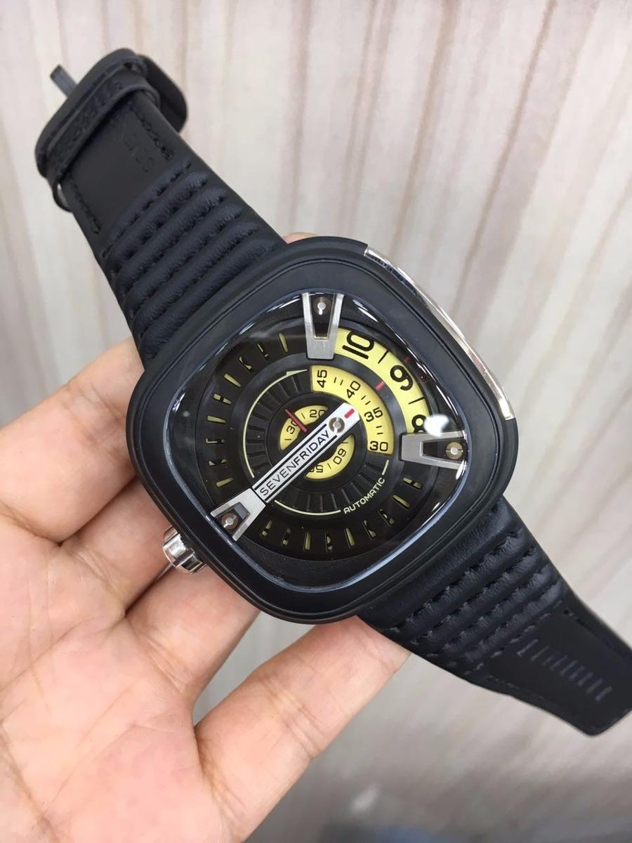 03603f4cba3 Relógio Sevenfriday M2 Automatic Preto E Amarelo Couro - R  1.000
