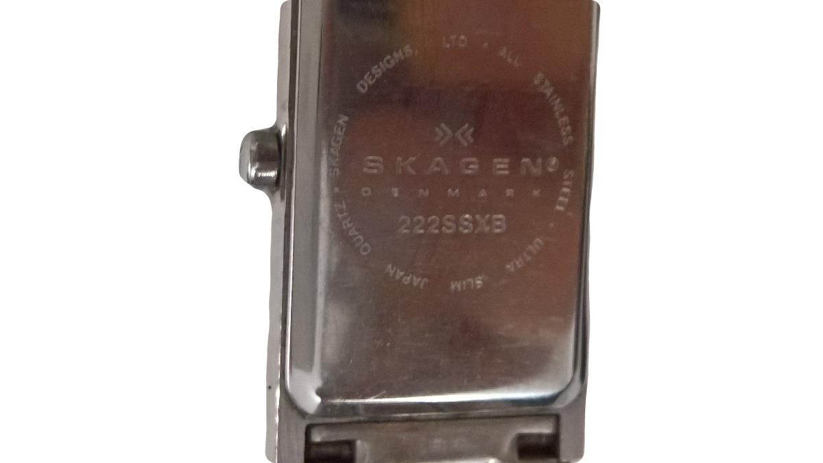 7e167e2c42b16 relogio skagen pulseira metal cromada retangular importado. Carregando zoom.
