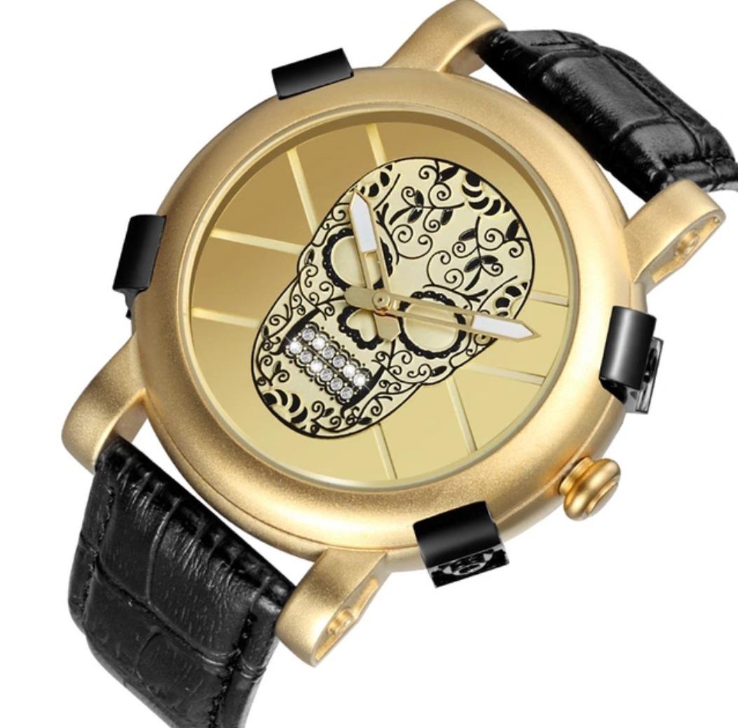 1fdeff4ac83 Relógio Skone Caveira Militar Bateria Preto E Dourado - R  159