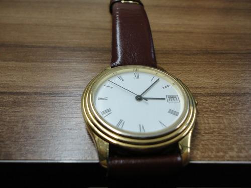 relógio suiço man b&w