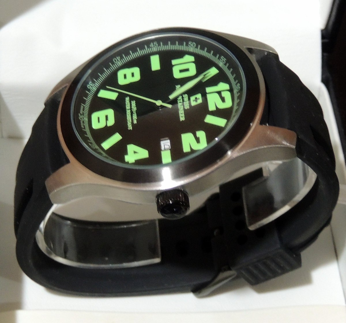 9a8d27bf52b relogio suiço watch swiss mountaineer sml8042 48mm. Carregando zoom.