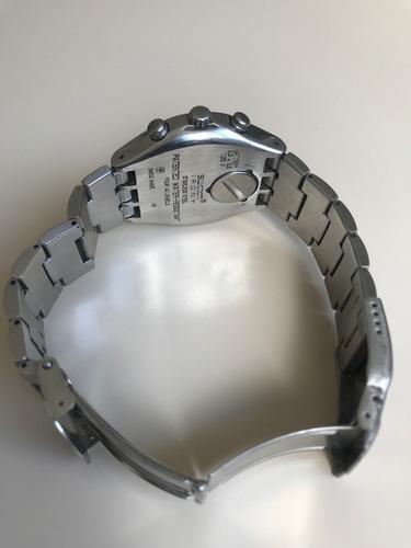 relógio swatch blustery ycs438g - super conservado