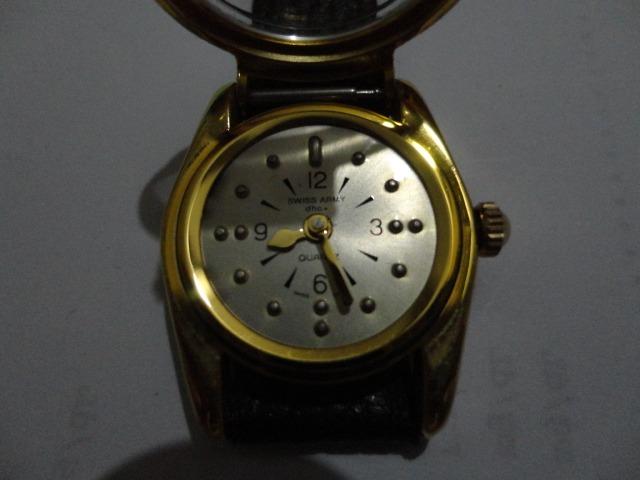 a6ae3956448 Relógio Swiss Army Para Cego - R  749