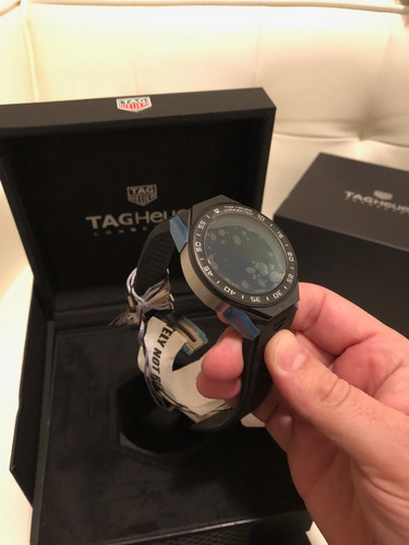 relogio tag heuer modular connected black rubber serie 2